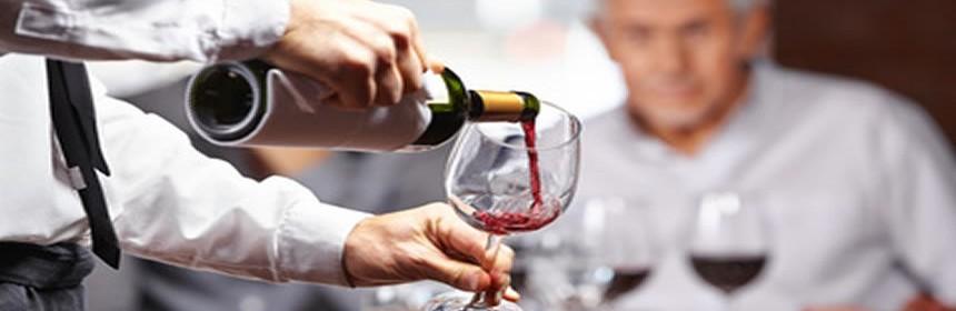 Cómo el vino tinto previene la pérdida de memoria