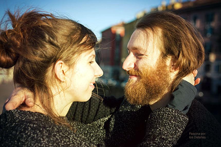 Cómo llevar una relación con una persona introvertida