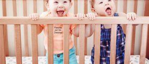 ¿Qué puede ser más gracioso que ver a un bebé a escondidas?