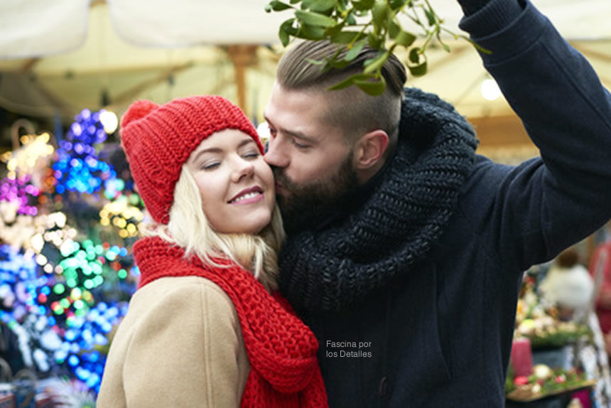 la romántica historia de los besos bajo el muérdago