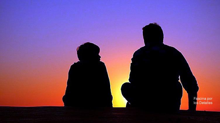 La adolescencia: Comunicación efectiva es escucha activa para empatizar.